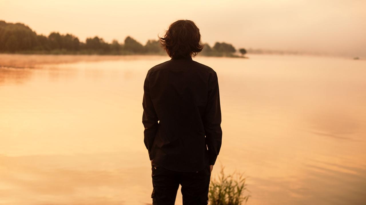 Фото мужчины со спины знакомства