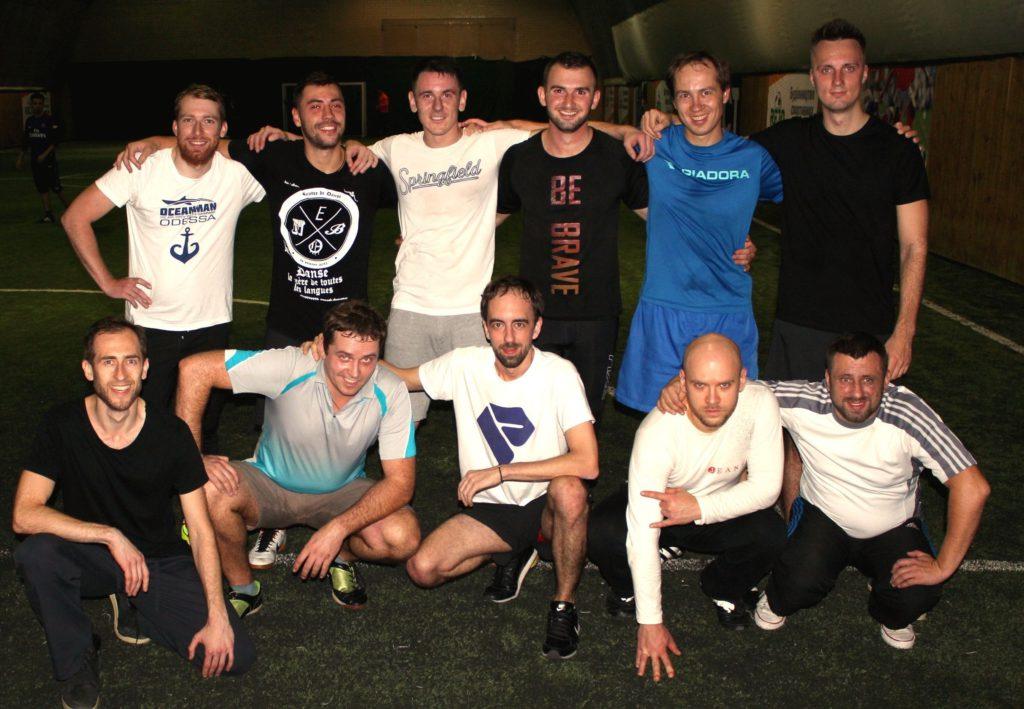 Фундамент_играть в футбол в Киеве