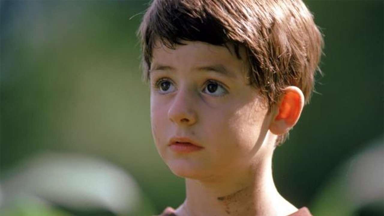 Фильм совершенный мир, мальчик Филип